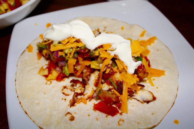 Fish Taco's with Mango Salsa and Guacamole - The Food Beaver