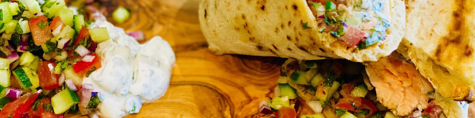Tandoori Salmon Naan Wrap Recipe - The Food Beaver