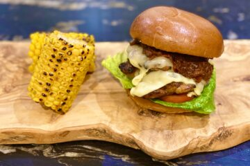 BBQ Chicken Burger with Tomato and Red Onion Chutney Recipe